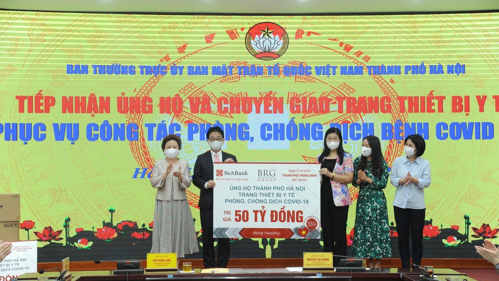 Hà Nội tiếp nhận ủng hộ thiết bị y tế từ các doanh nghiệp trị giá hơn 100 tỷ đồng