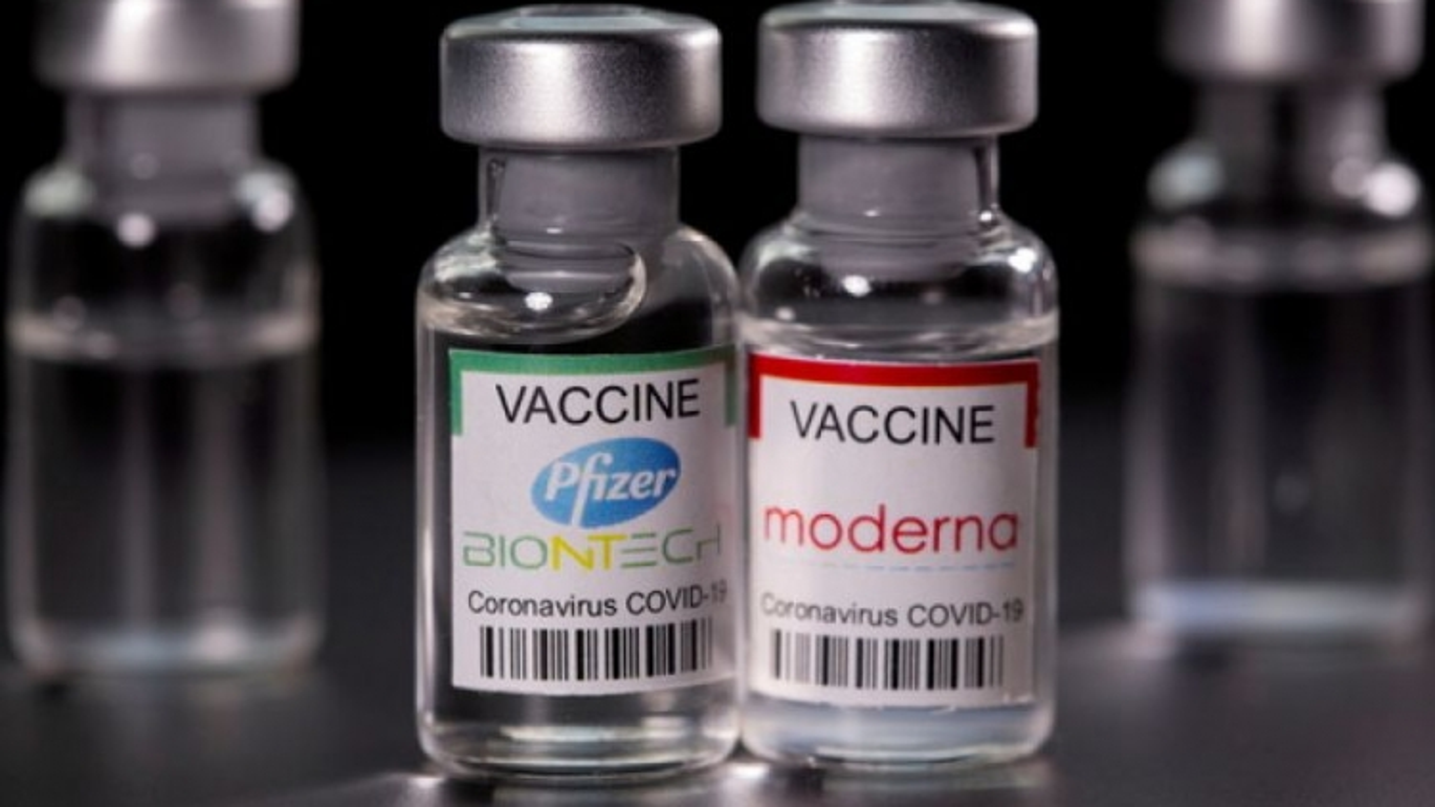 Nhật Bản sẽ sớm xem xét tiêm vaccine Covid-19 mũi thứ ba cho toàn dân