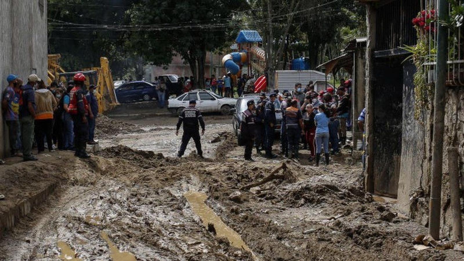Ít nhất 16 người thiệt mạng do mưa lũ ở Venezuela