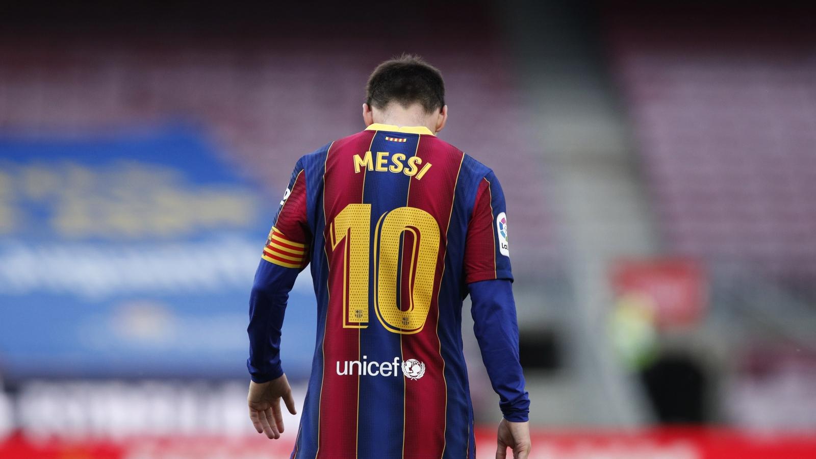 Vì sao Lionel Messi phải chia tay Barca?