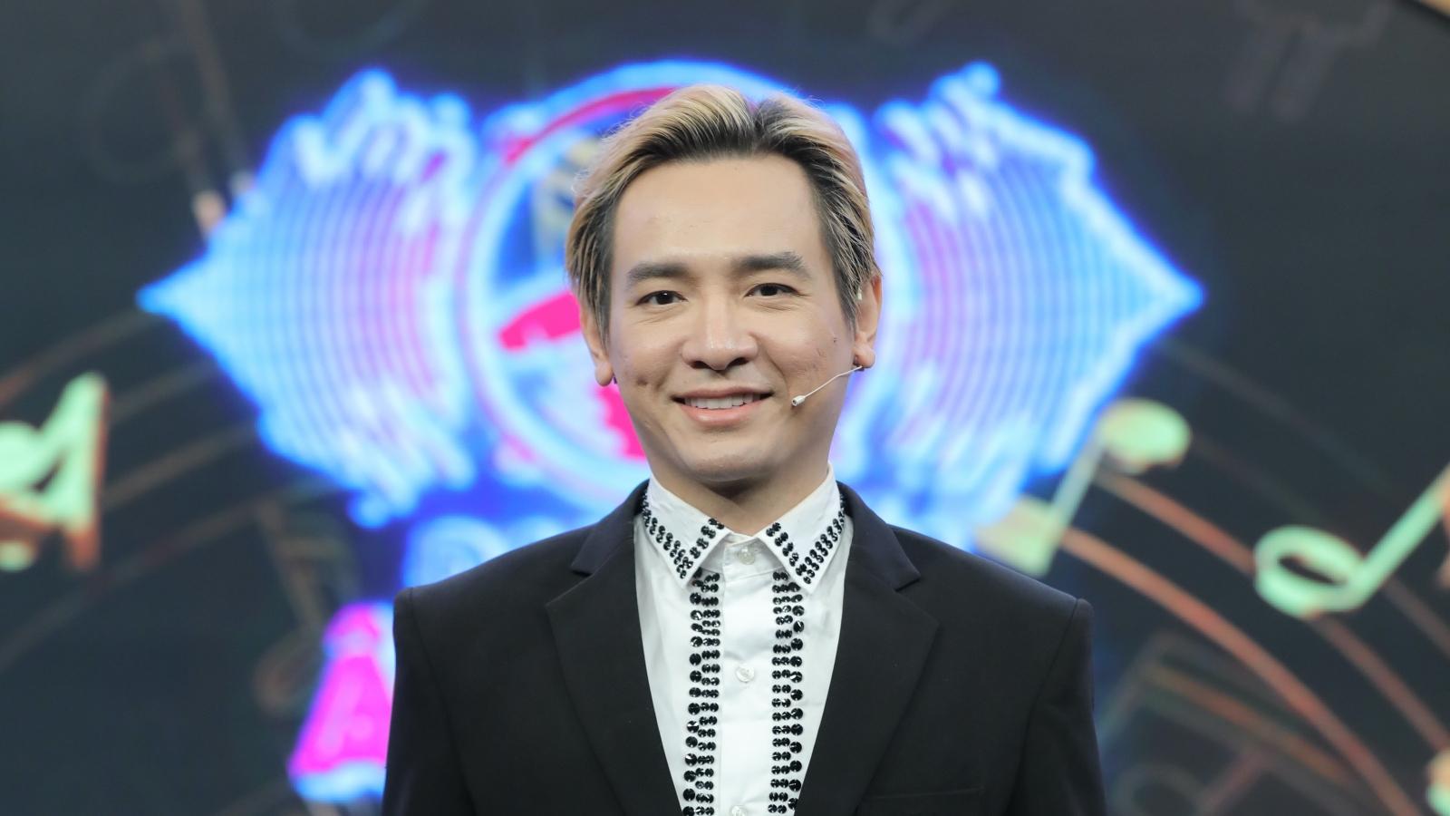 """Hình ảnh cuối cùng của ca sĩ Việt Quang trên chương trình """"Đại chiến âm nhạc"""""""