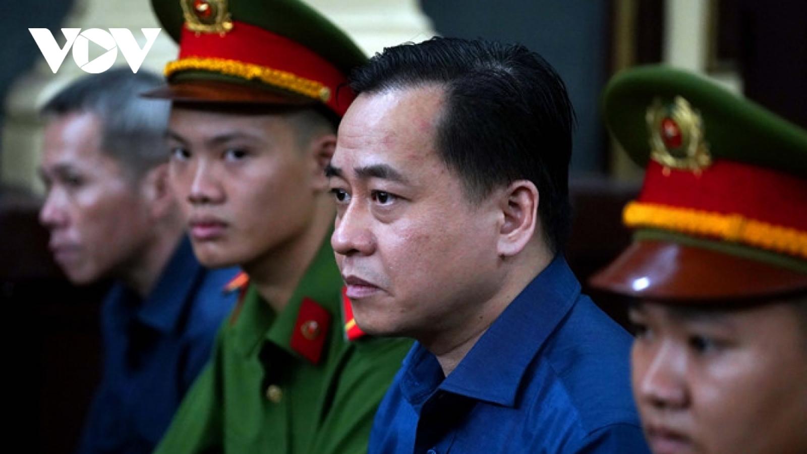 Bị can Nguyễn Duy Linh nhận hối lộ 5 tỷ đồng từ Phan Văn Anh Vũ