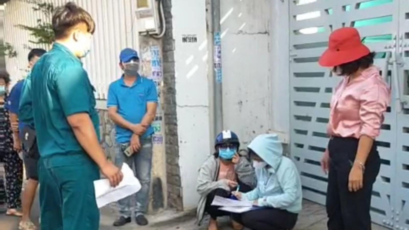 Nóng 24h: Xử lý người tung clip bí thư phường to tiếng với tổ trưởng liên ngành