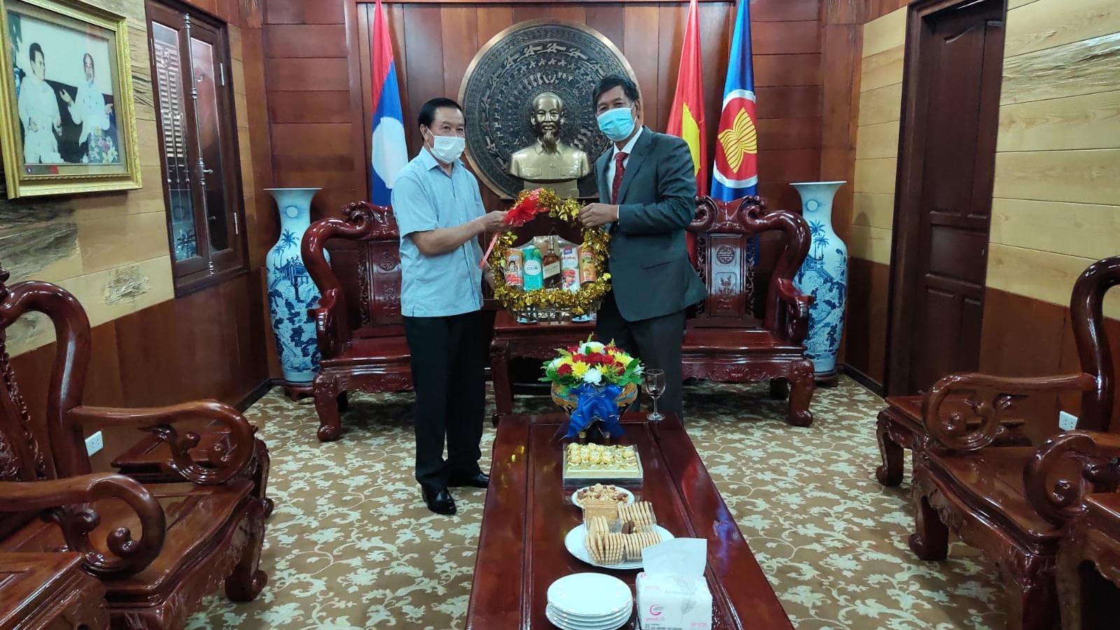 Quan hệ hữu nghị vĩ đại Việt Nam – Lào không ngừng phát triển
