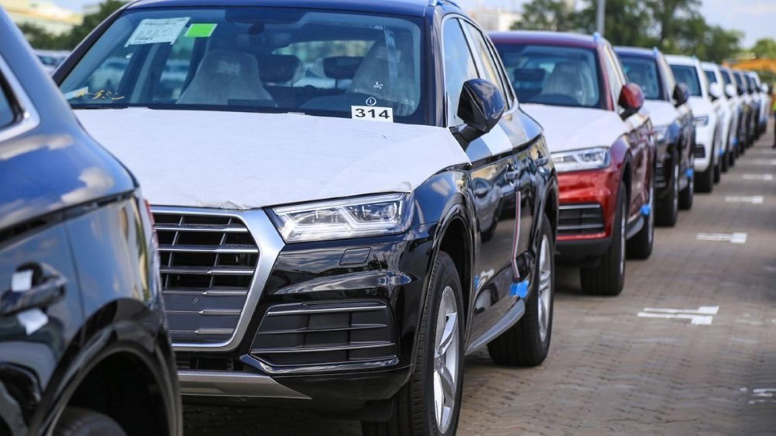Sau xe trong nước, xe nhập khẩu cũng mong muốn được giảm 50% lệ phí trước bạ