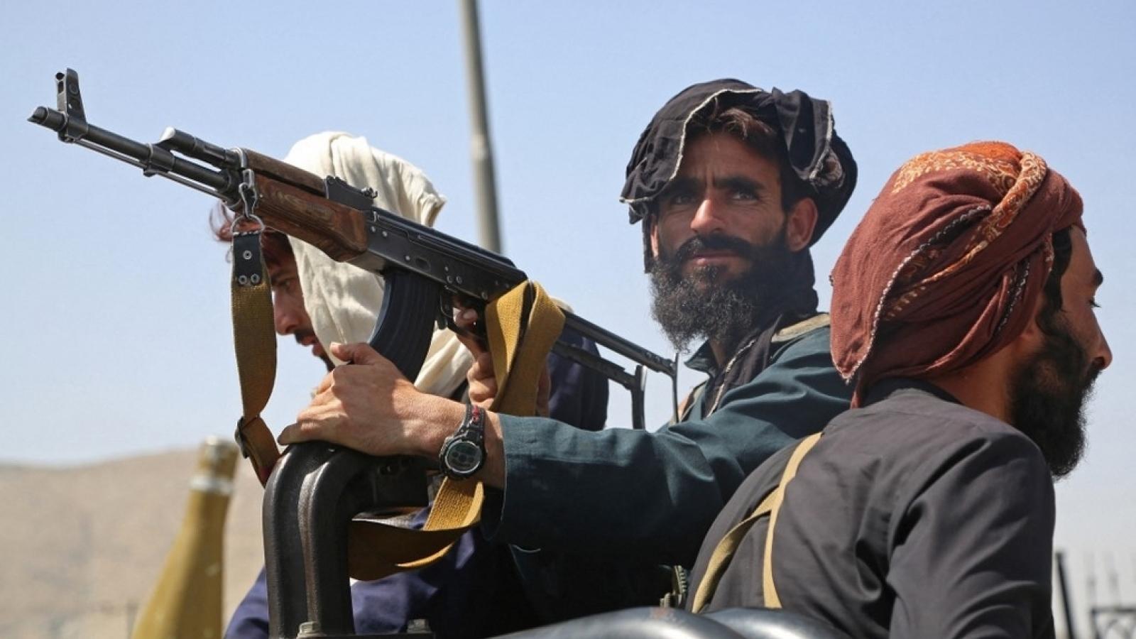 Dự trữ quốc tế bị đóng băng, Taliban sẽ làm gì để cấp kinh phí cho chính phủ mới?