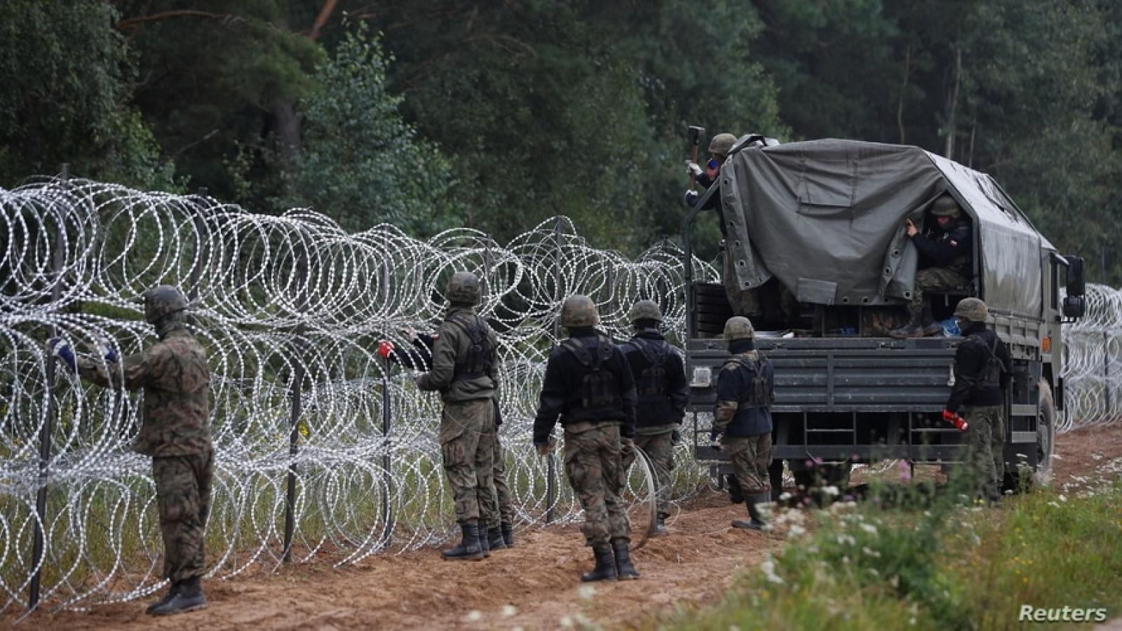 Ba Lan có thể ban bố tình trạng khẩn cấp đối với cửa khẩu biên giới với Belarus