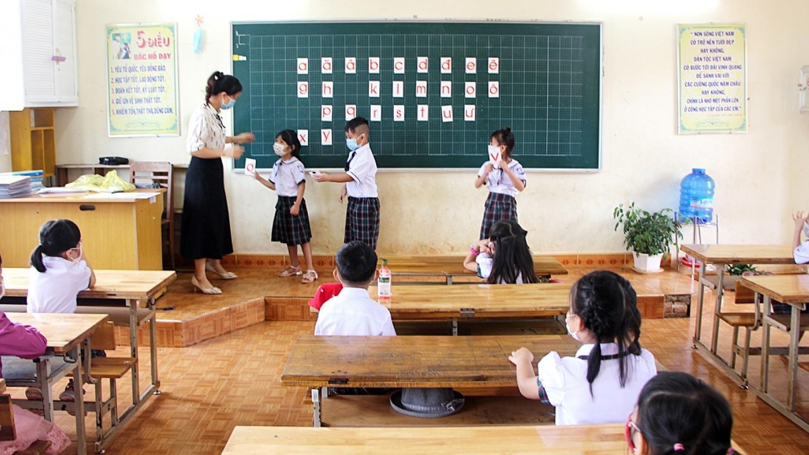Đắk Nông thiếu 800 giáo viên trong năm học mới
