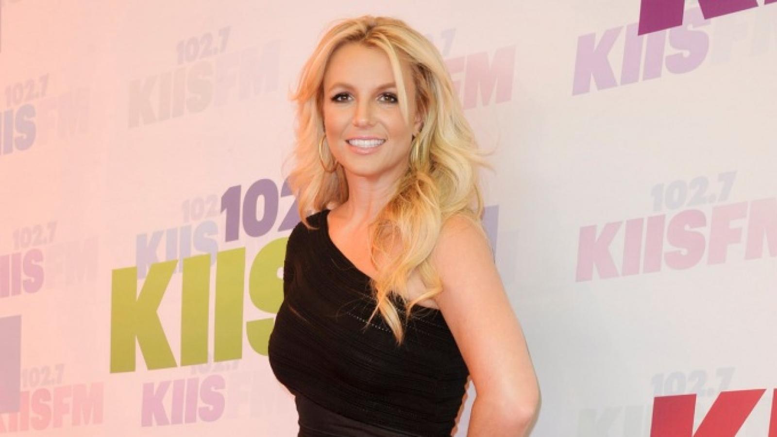 Netflix hé lộ tài liệu chưa từng được công bố về Britney Spears trong phim mới