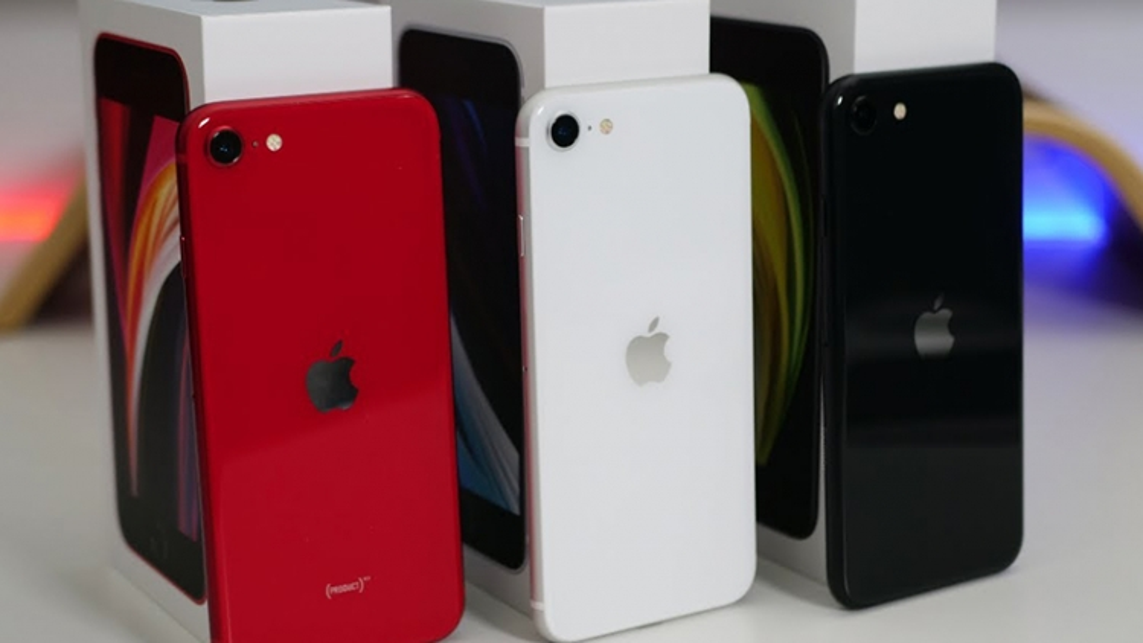 Vì sao Apple lặng lẽ khai tử iPhone SE 256 GB?