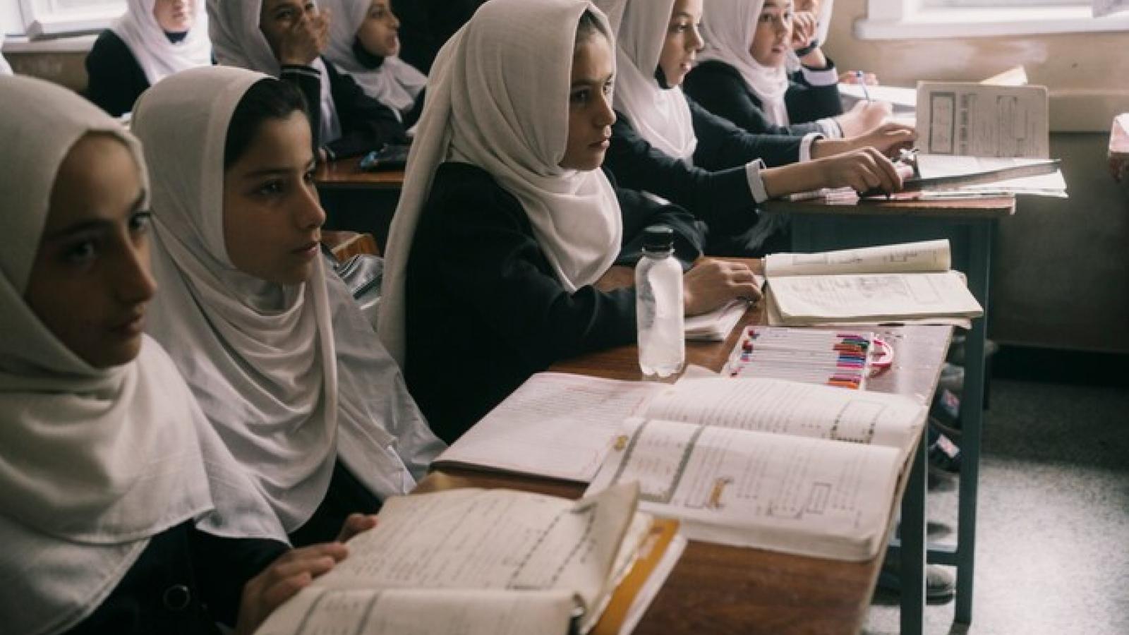 Số phận trẻ em gái ở Afghanistan: Cháu không thể mơ ước nữa vì Taliban đã quay lại