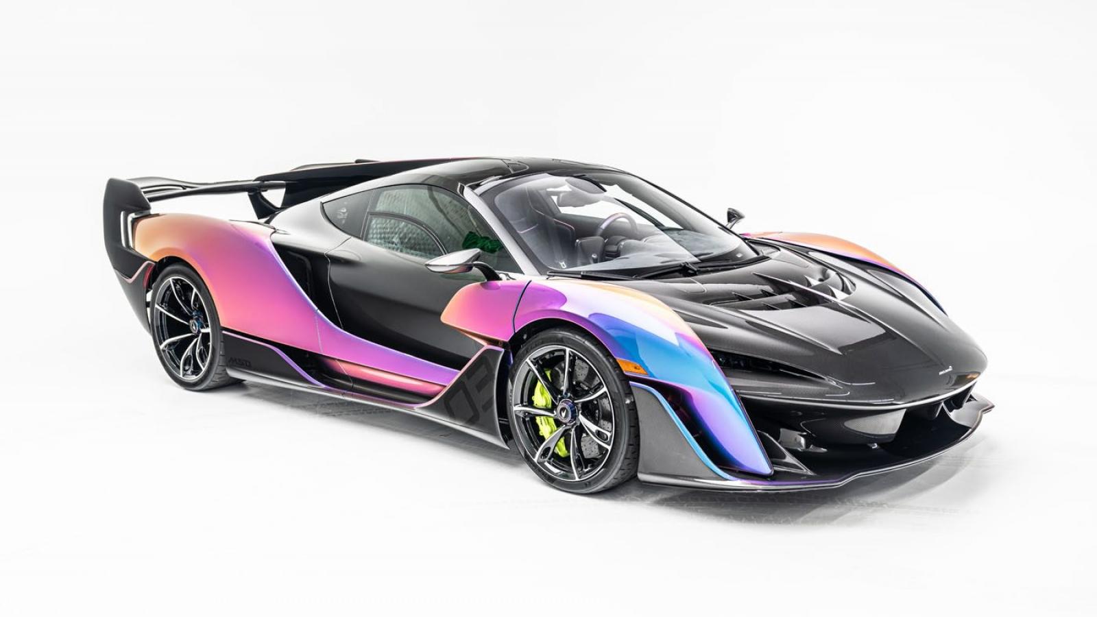 Cận cảnh McLaren Sabre với màu sơn độc nhất vô nhị