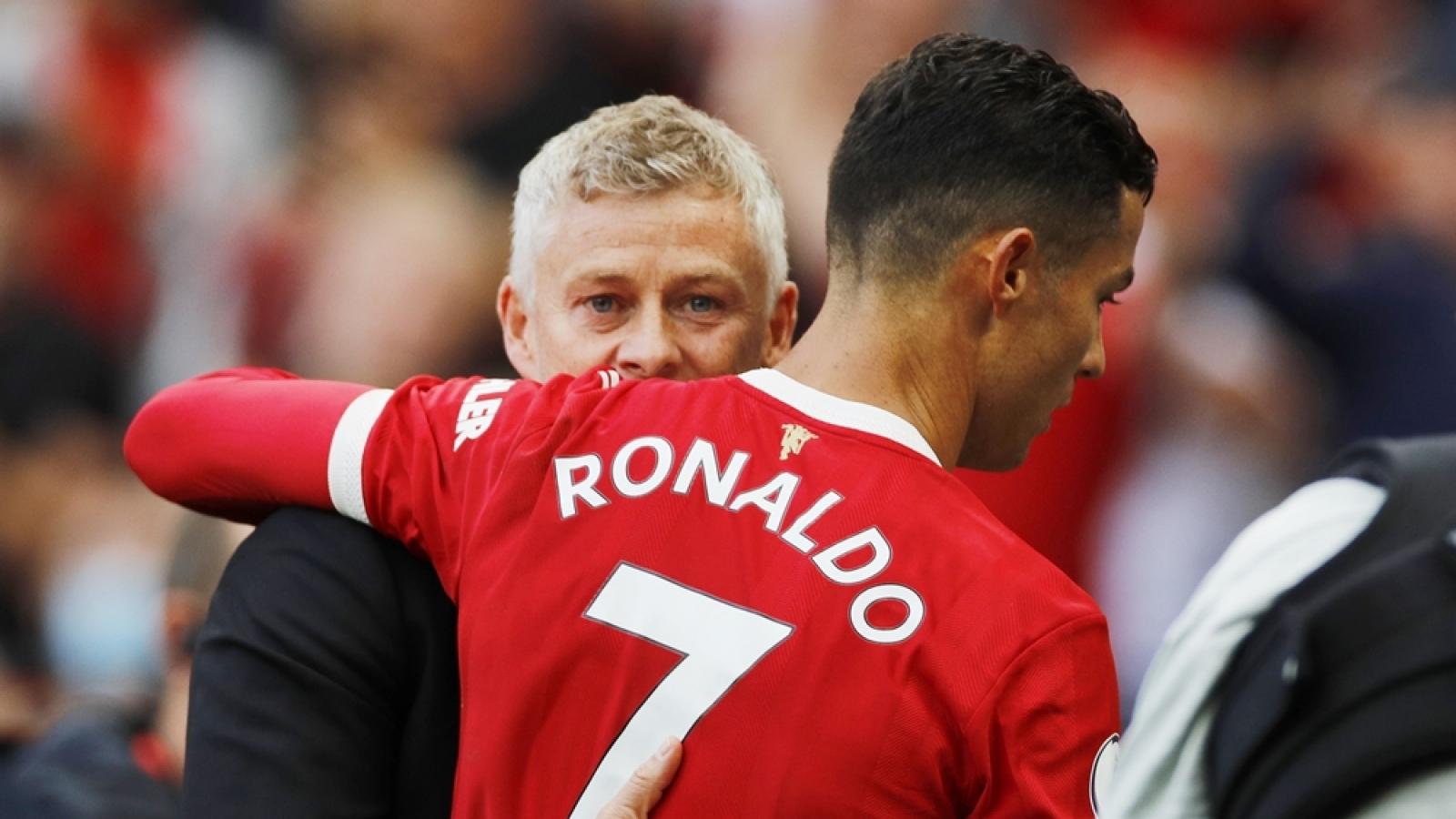 HLV Solskjaer và MU bắt đầu mơ mộng khi Ronaldo tỏa sáng rực rỡ