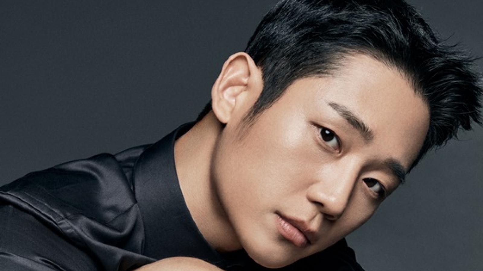 """Nam tài tử Jung Hae In: """"D.P."""" là cơ hội để nhìn lại chứng trầm cảm trong tôi"""""""
