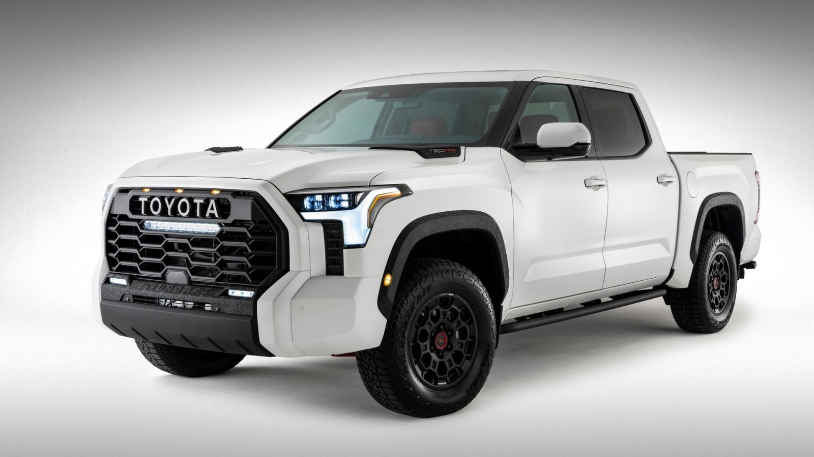 """Ảnh chi tiết """"siêu bán tải"""" Toyota Tundra TRD Pro mới, mạnh hơn F-150 Raptor"""