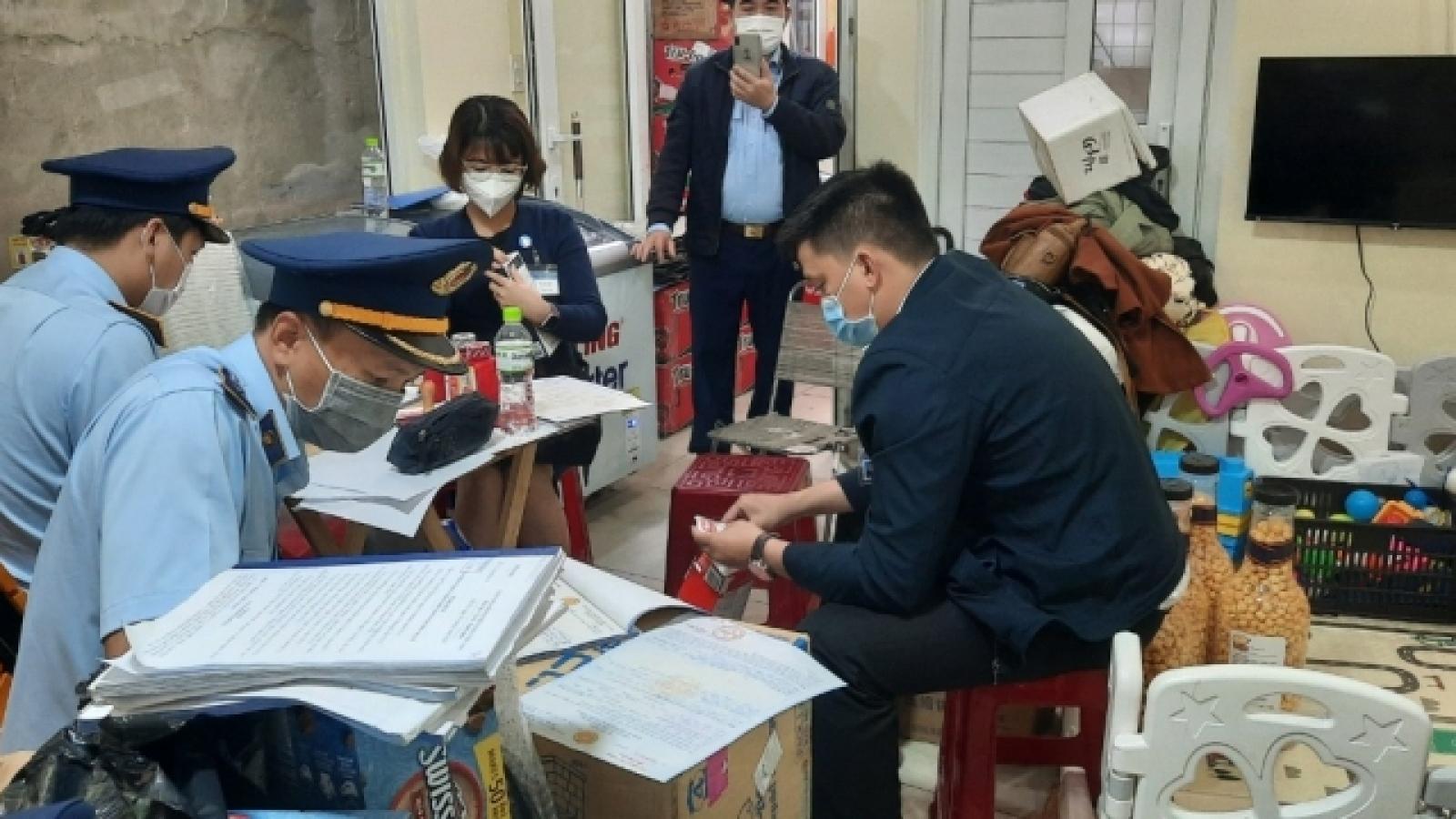 Phát hiện cửa hàng bán lậu thuốc và bộ kit test nhanh Covid-19 ở Lâm Đồng