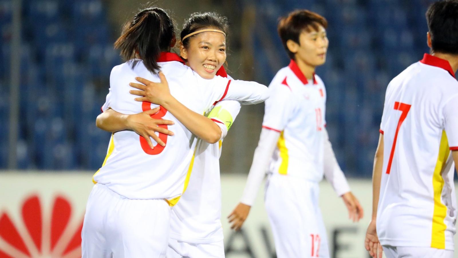 Lẽ ra ĐT nữ Việt Nam phải ghi được hơn 20 bàn vào lưới ĐT nữ Maldives
