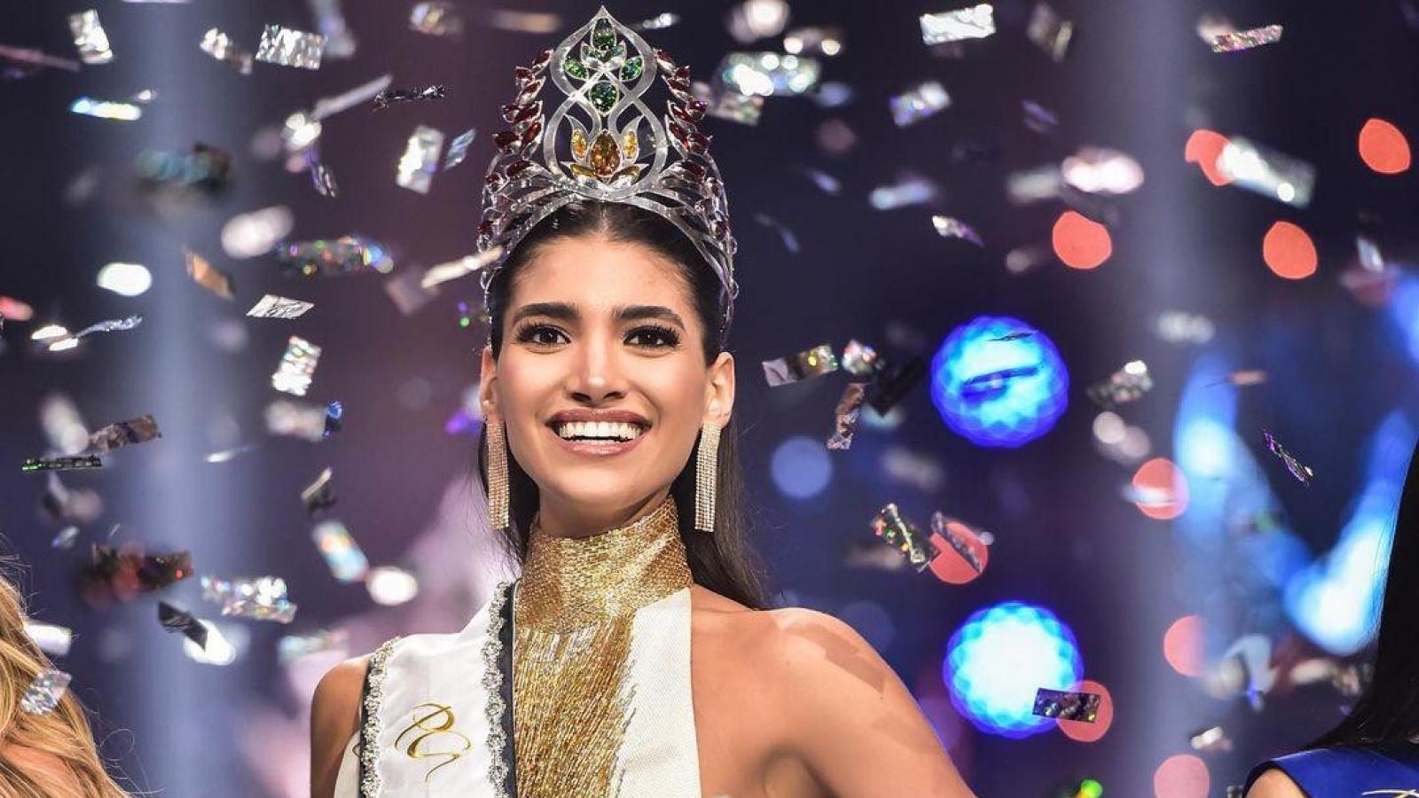 Người đẹp cao 1m80 đăng quang Hoa hậu Hoàn vũ Bolivia