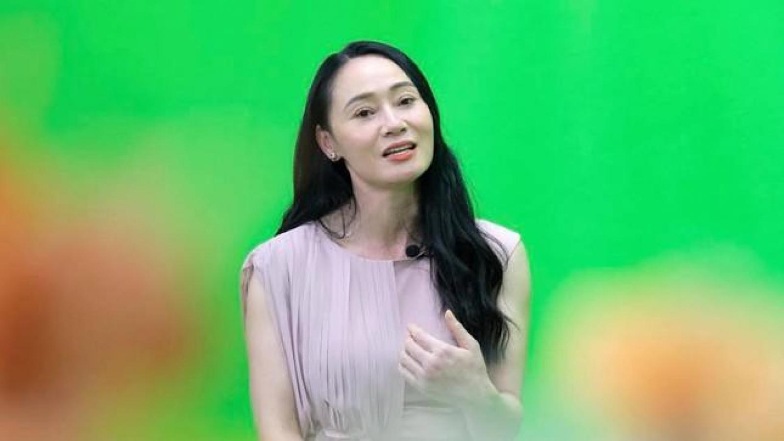 """Chuyện showbiz: Quách Thu Phương: """"Gạch đá từ khán giả đủ để tôi xây được mấy cái lâu đài"""""""