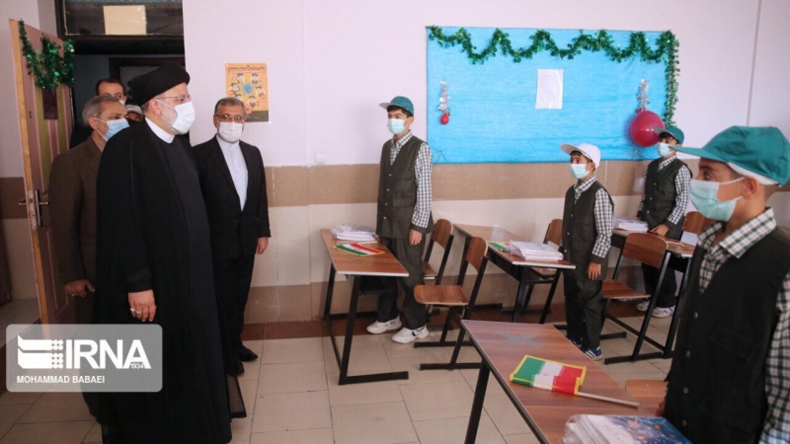 Iran: 70% dân số được tiêm vaccine ngừa Covid-19