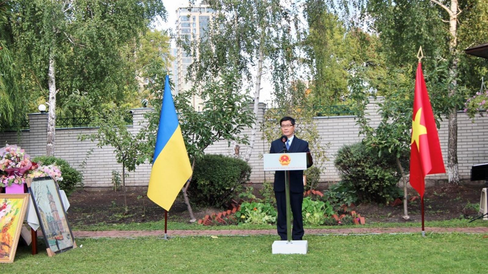 Đại sứ quán Việt Nam tại Ukraine tổ chức kỷ niệm 76 năm Quốc khánh