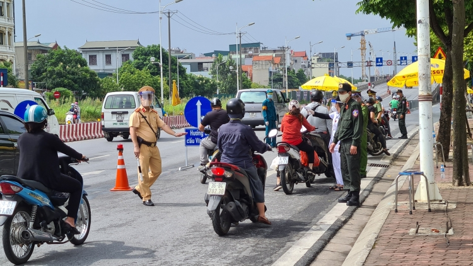 Ngày 9/9, Hà Nội xử phạt hơn 500 trường hợp vi phạm phòng chống dịch
