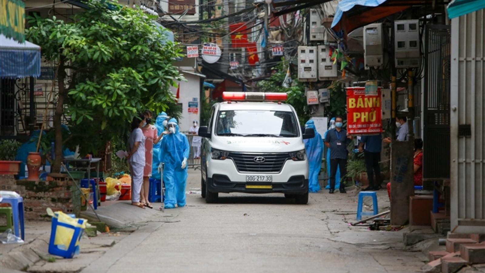 Hà Nội phong tỏa khu dân cư 800 người sau khi phát hiện 4 ca mắc COVID-19