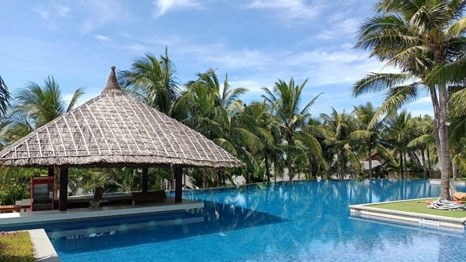 Bình Thuận tiêm vaccine cho lao động để chuẩn bị phục hồi ngành du lịch