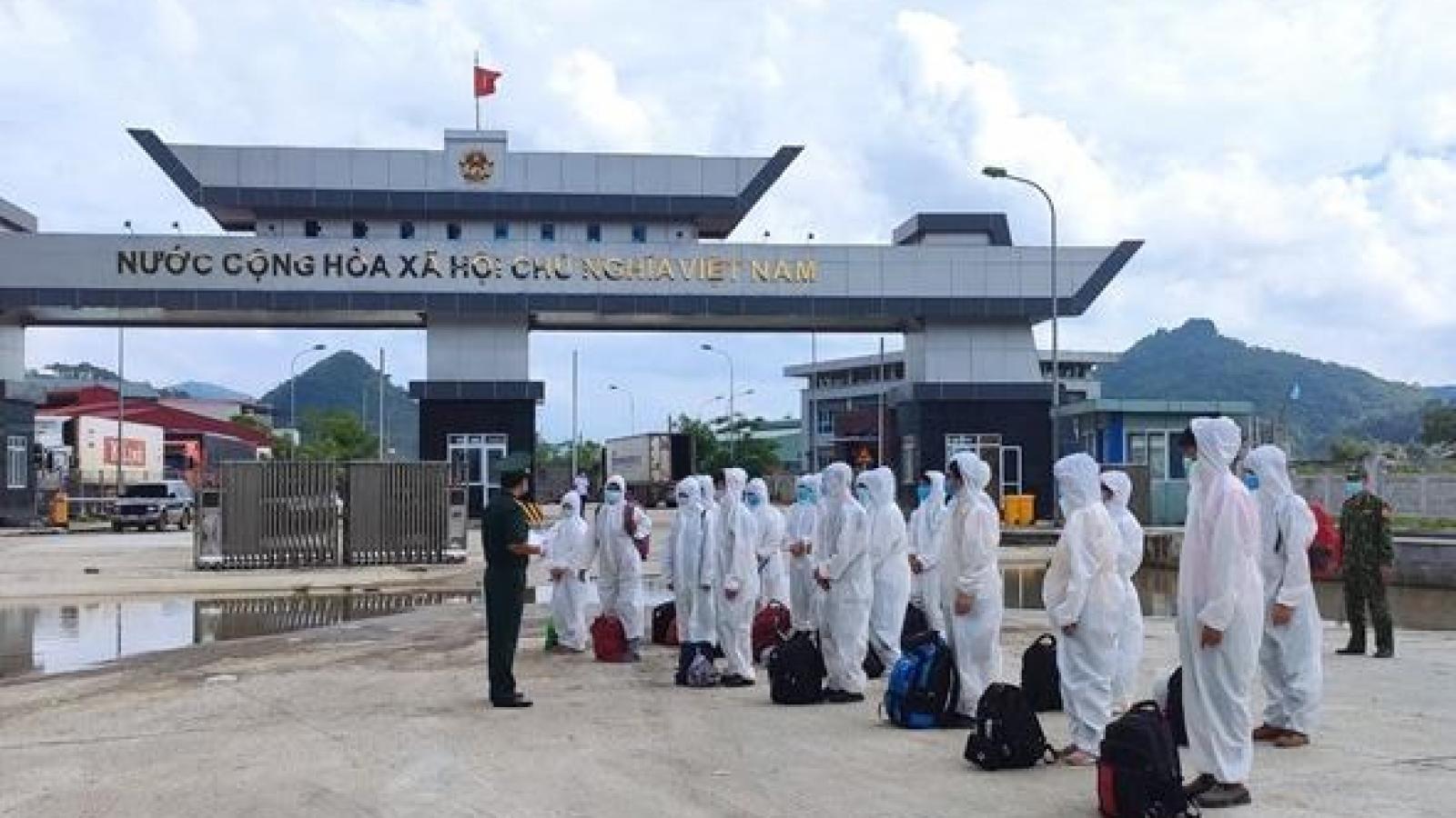 Cao Bằng tiếp nhận 52 công dân do Trung Quốc trao trả