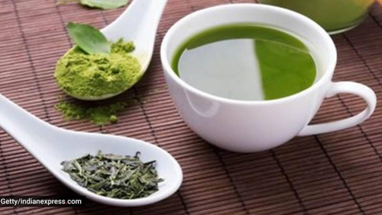 Uống trà xanh vào thời điểm nào và số lượng bao nhiêu để tránh gây hại cho sức khỏe?