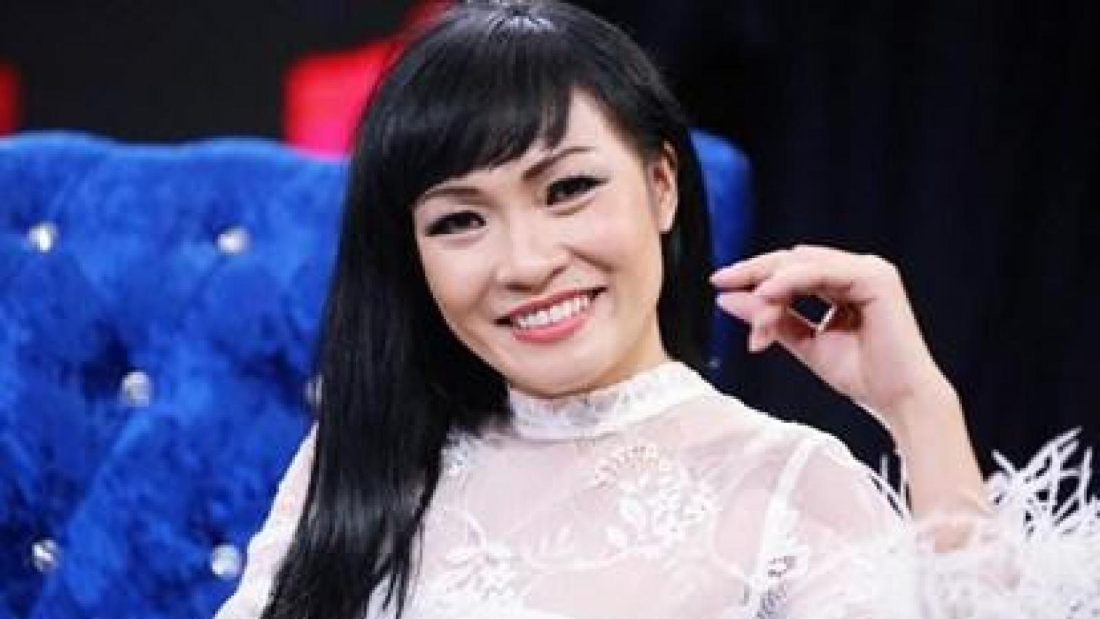 Chuyện showbiz: Phương Thanh tuyên bố sẵn sàng sao kê từ thiện