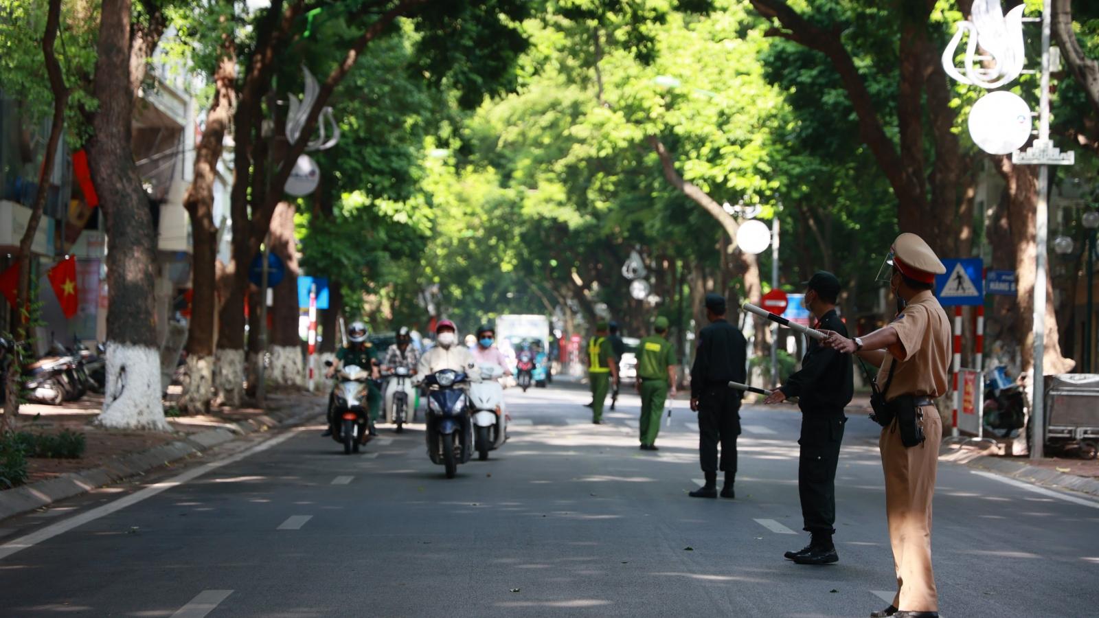 Từ ngày mai (8/9), Hà Nội chính thức kiểm soát chặt người và phương tiện ra vào vùng 1