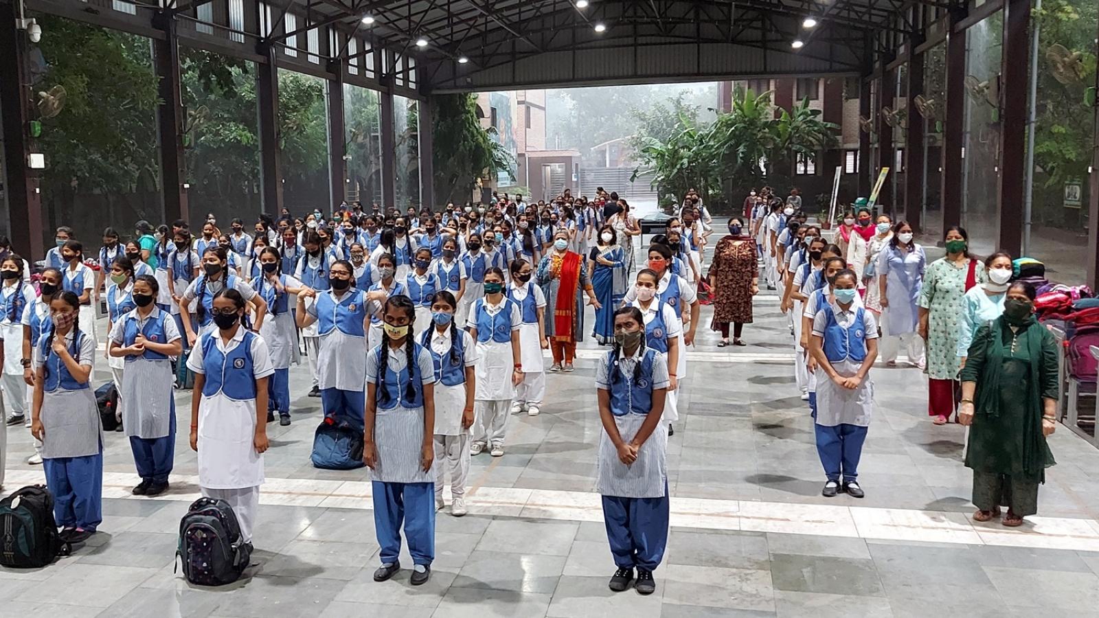 Mùa tựu trường muộn do Covid-19 của học sinh Ấn Độ và câu chuyện bất bình đẳng