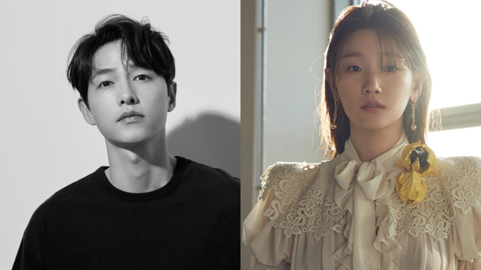 """Song Joong Ki và mỹ nhân """"Ký sinh trùng"""" làm MC khai mạc LHP Busan 2021"""