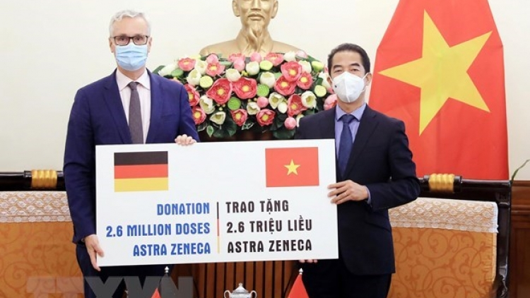 Ministry receives 2.6 million doses of COVID-19 vaccine from Germany