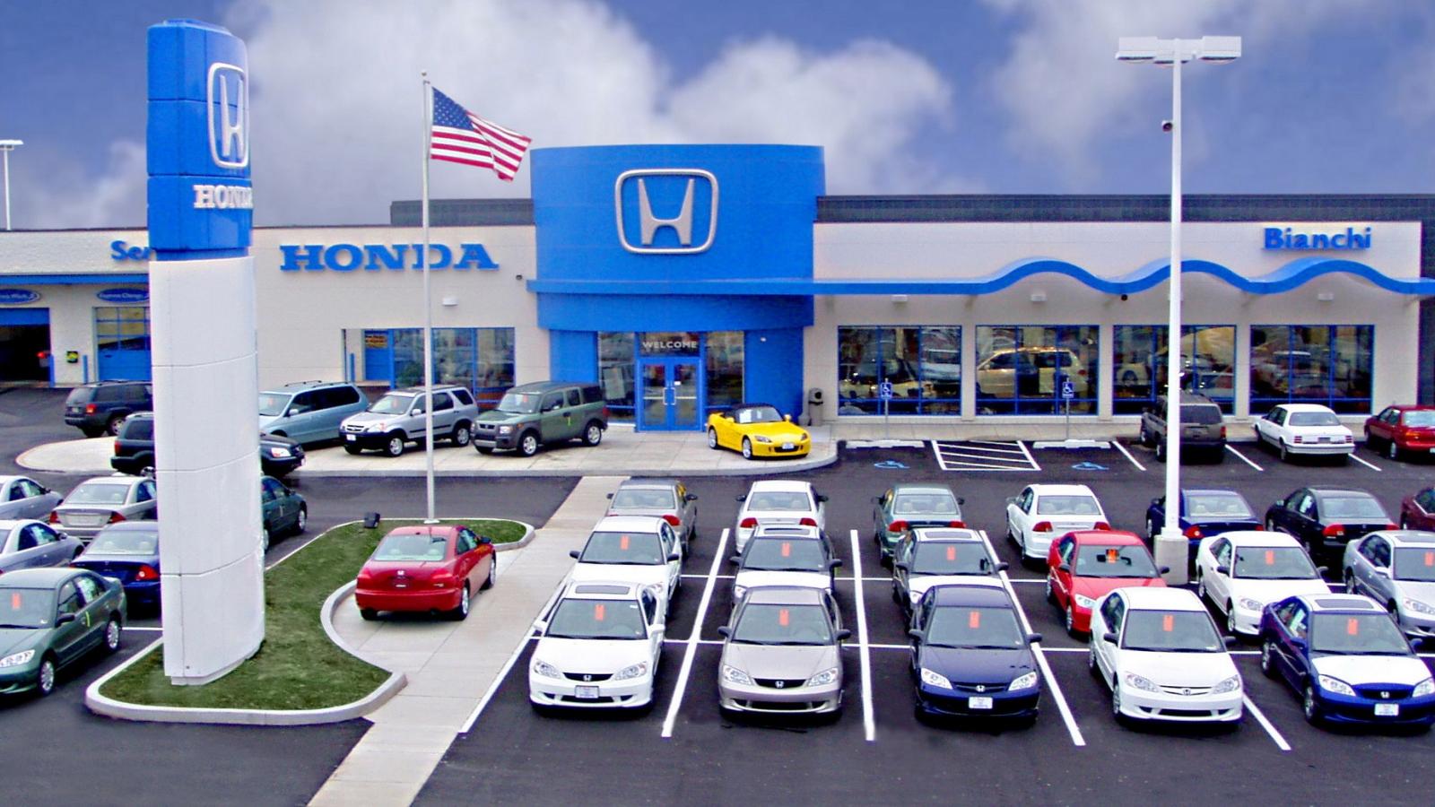 Doanh số bán xe tại Mỹ sụt giảm 17% trong tháng 8/2021