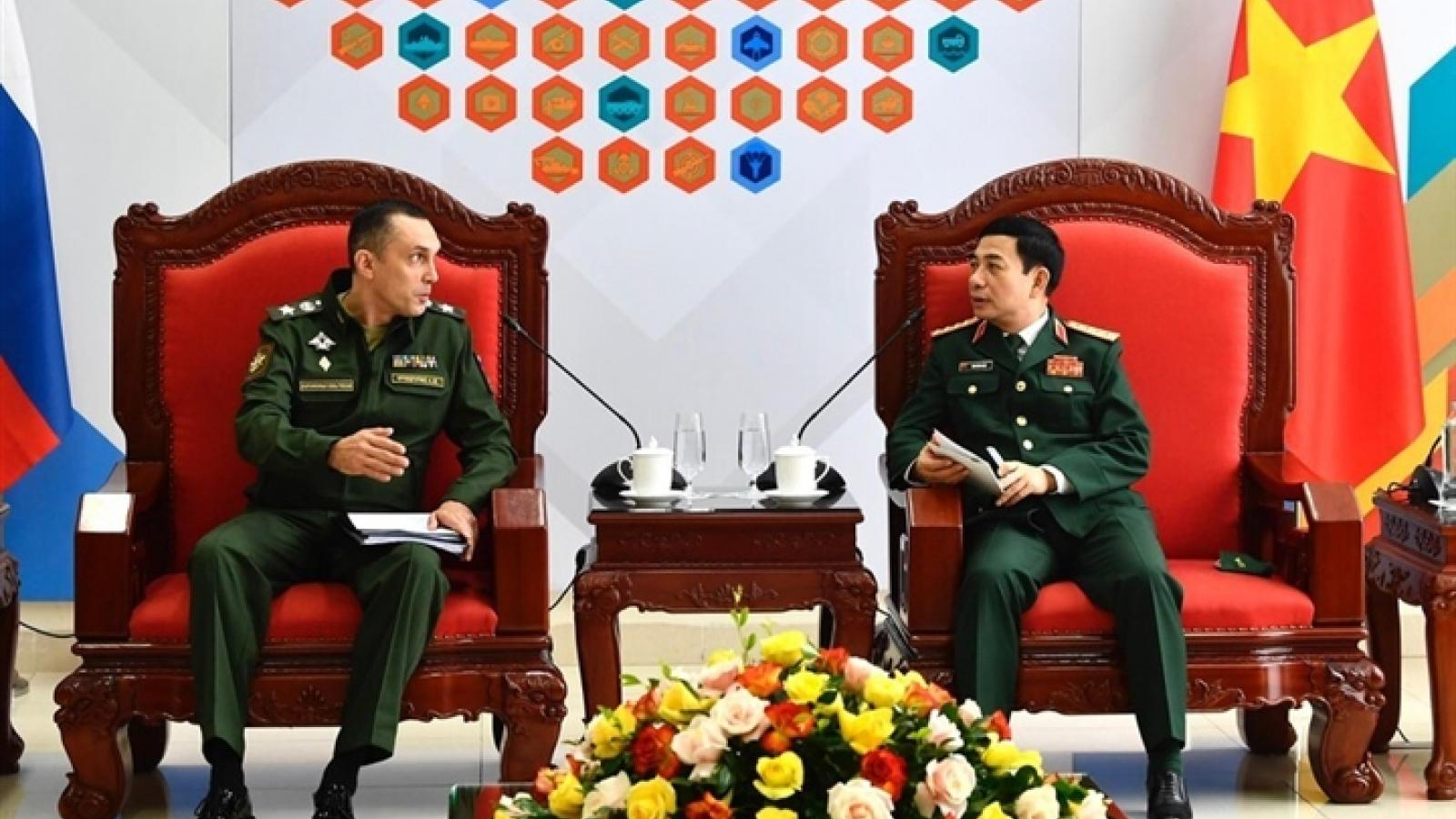 Bộ Quốc phòng: Nga sẽ cung cấp 20 triệu liều vaccine cho Việt Nam trong năm 2021