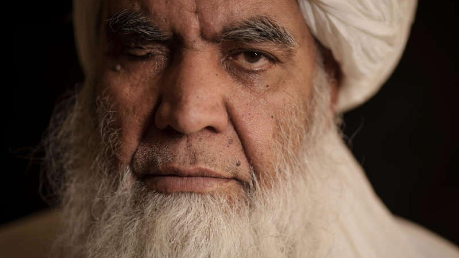 """Taliban khôi phục hình phạt hành hình, chặt tay, cảnh báo quốc tế """"không can thiệp"""""""