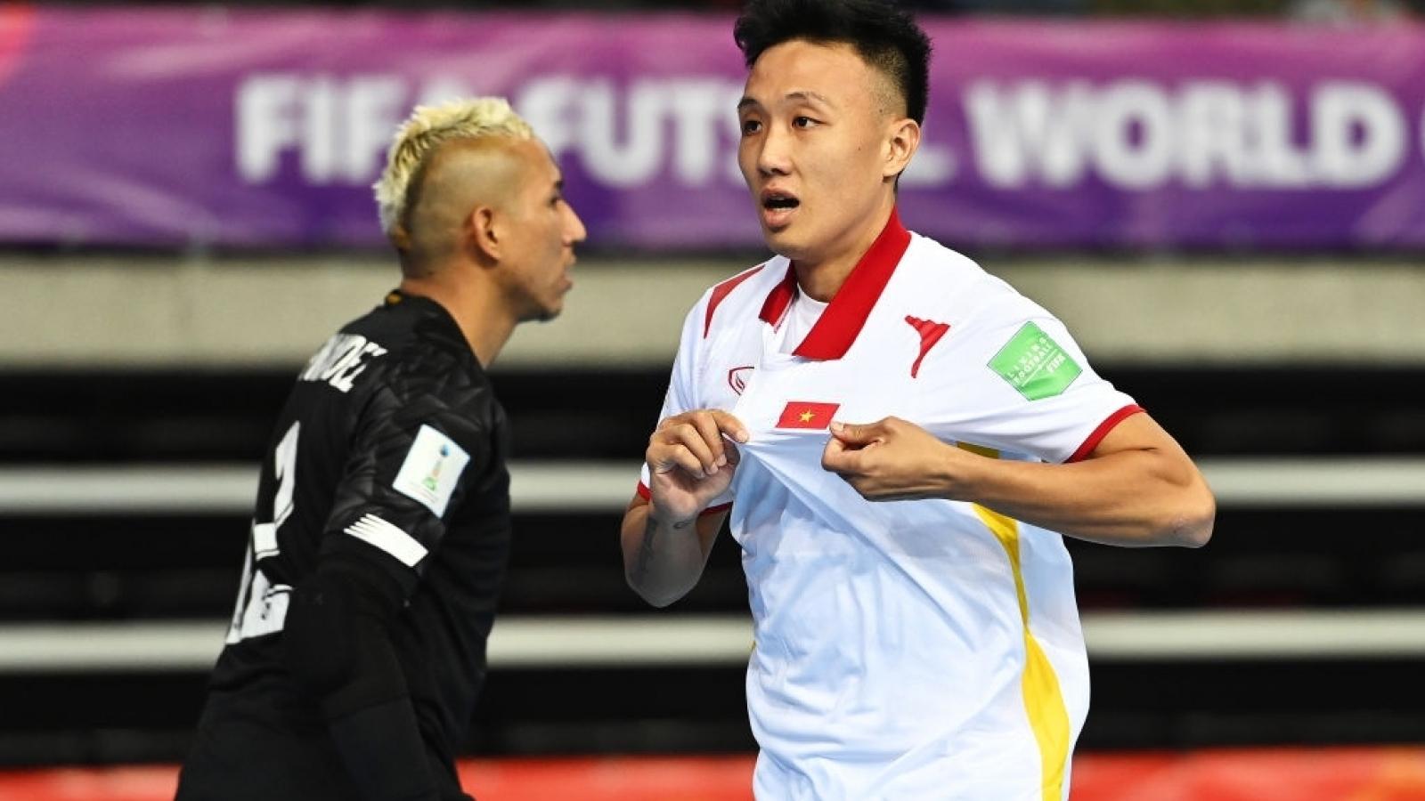 Trực tiếp ĐT Futsal Việt Nam 2-0 ĐT Futsal Panama: Minh Trí lập công