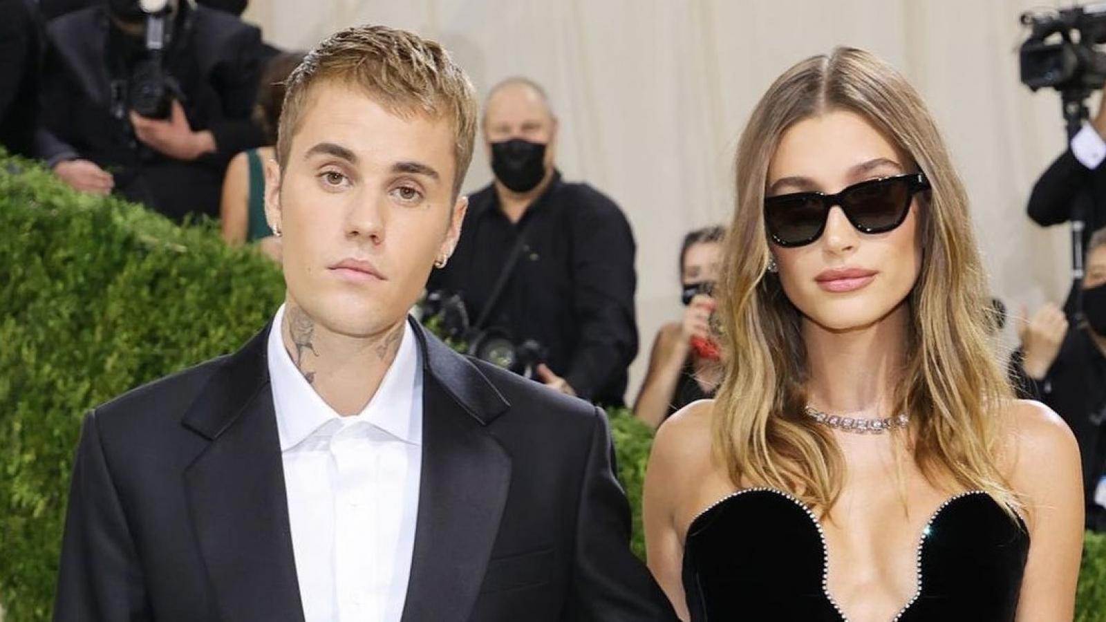 Hailey Baldwin lên tiếng trước tin đồn bị Justin Bieber ngược đãi