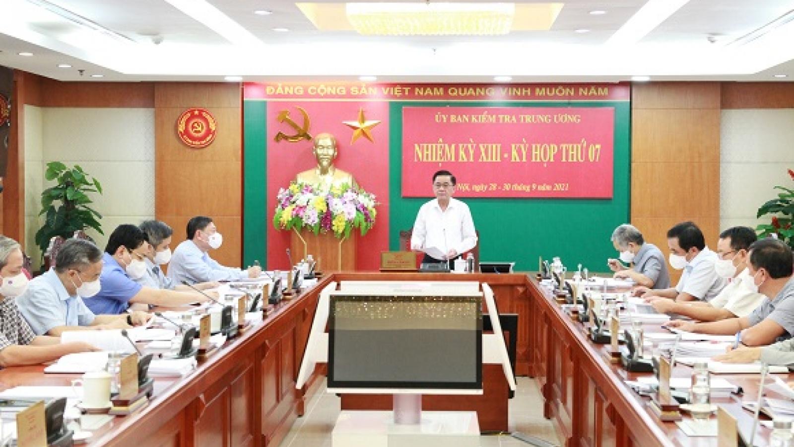 Ủy ban Kiểm tra Trung ương quyết định kỷ luật một số lãnh đạo