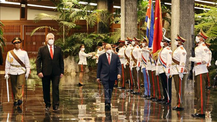 Official welcoming ceremony for President Phuc held in Havana