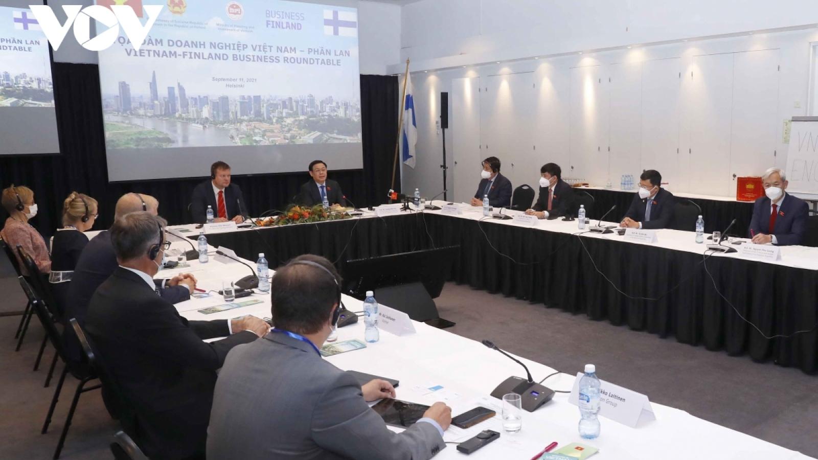 Legislature leader supports Vietnam-Finland business connectivity
