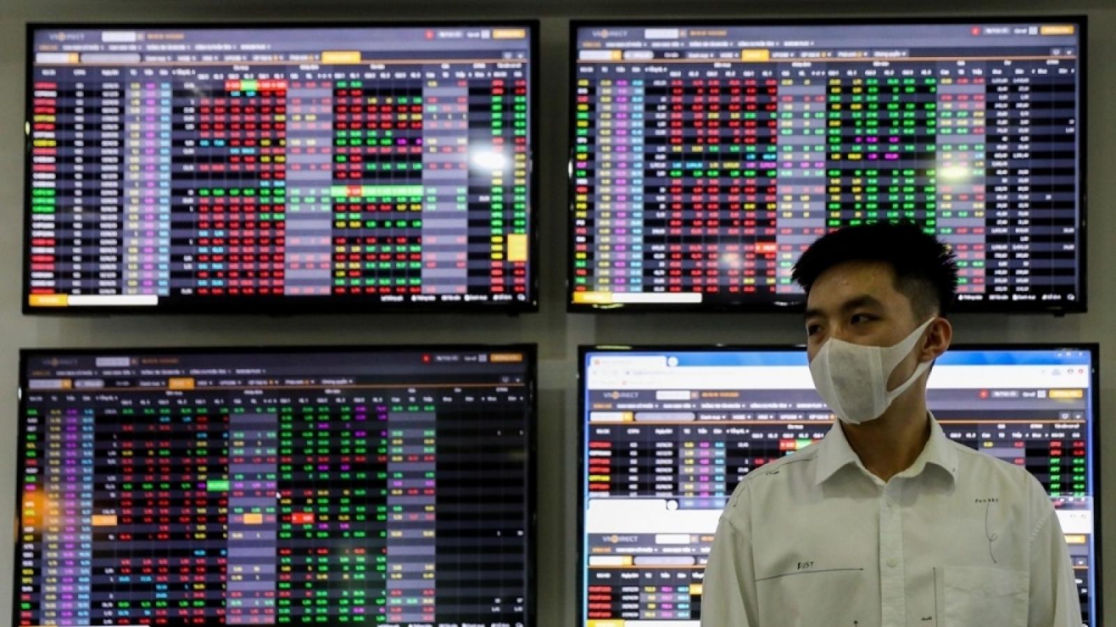 """Nhà đầu tư chưa nên vội vàng """"bắt đáy"""""""