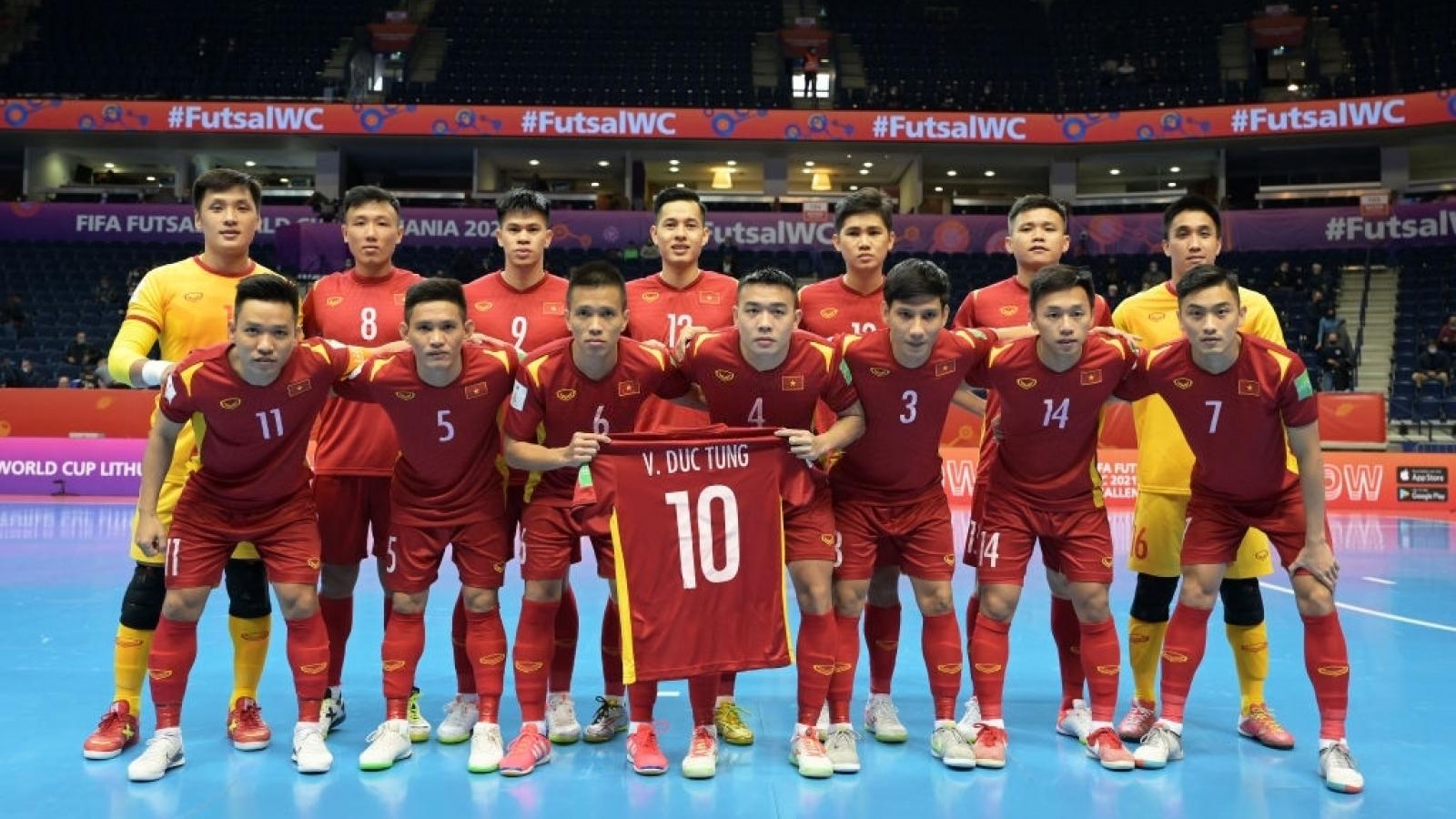 Trực tiếp ĐT Futsal Việt Nam 0-0 ĐT Futsal Nga: Tranh vé vào tứ kết World Cup