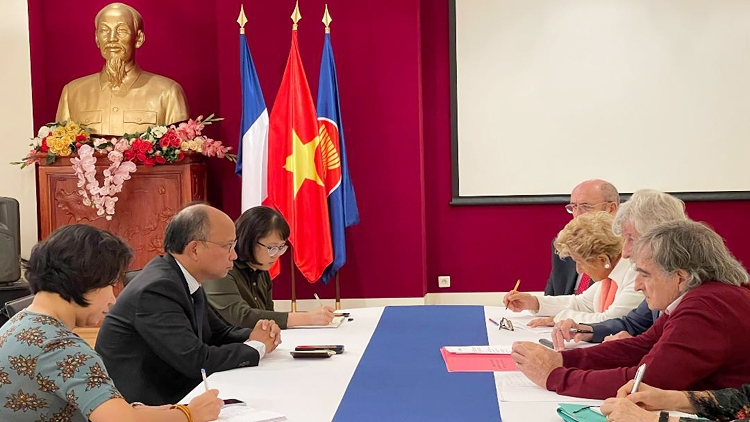 French friendship association affirms support for Vietnamese people