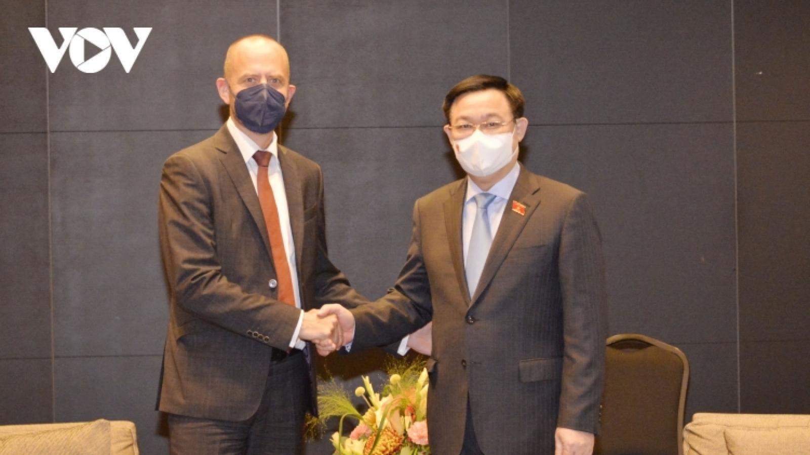 Legislature leader encourages Siemens Energy AG's Vietnam investment plan
