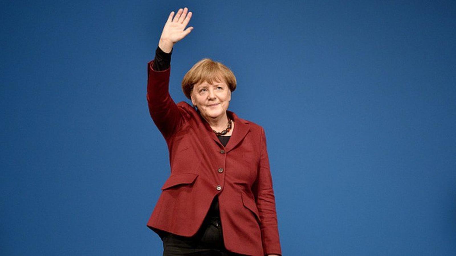 Những khoảnh khắc đáng nhớ trong 16 năm cầm quyền của Thủ tướng Đức Angela Merkel