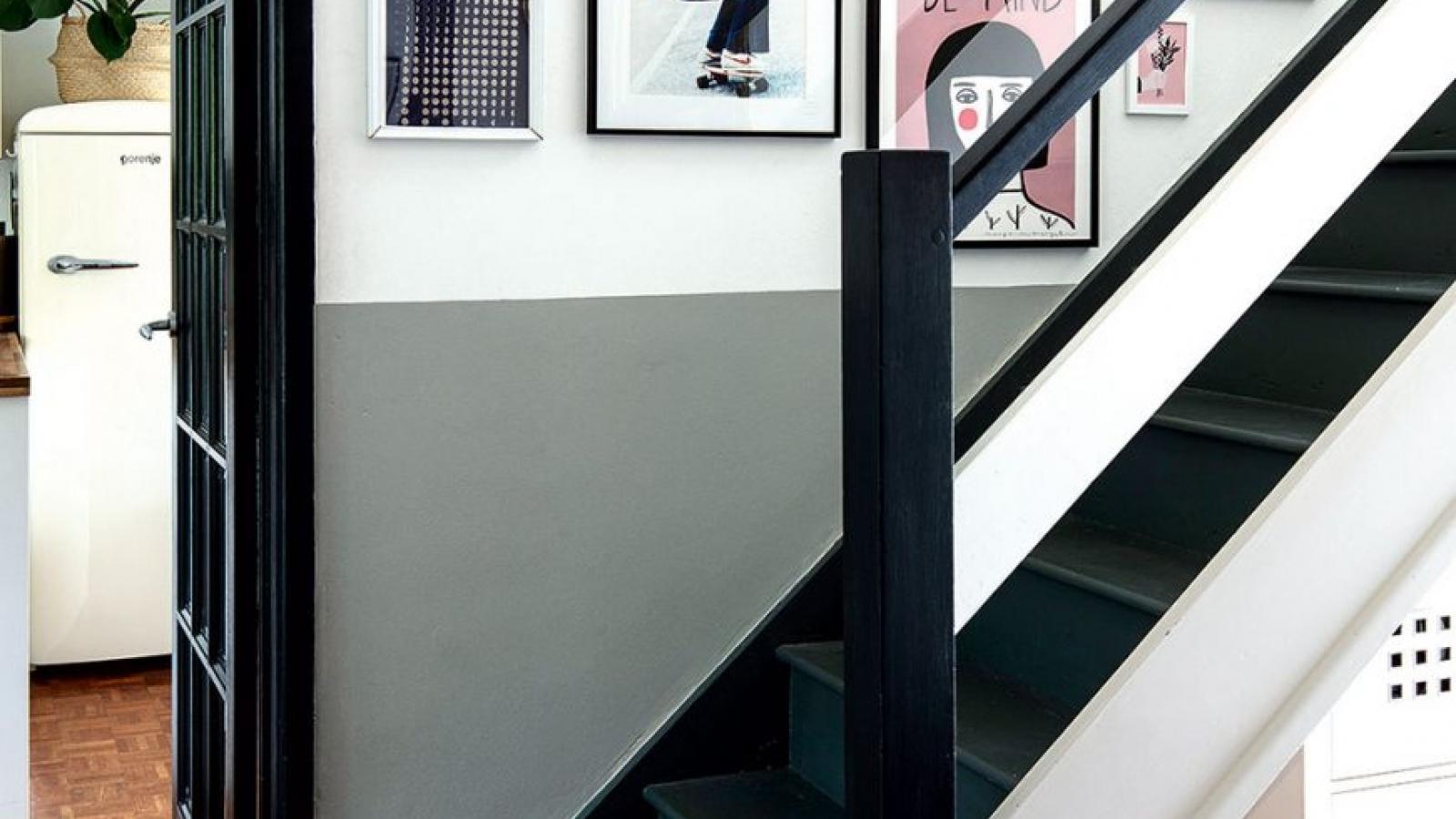 Những ý tưởng trang trí tường cầu thang đầy bắt mắt và hấp dẫn