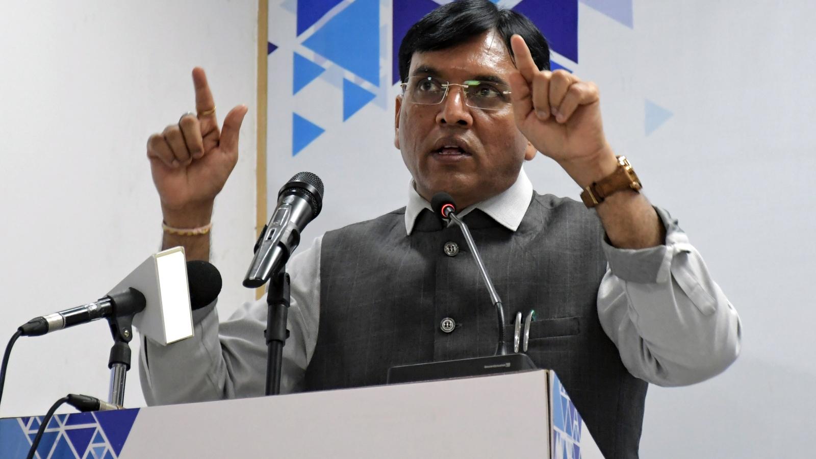 Ấn Độ khôi phục xuất khẩu vaccine Covid-19 từ tháng 10